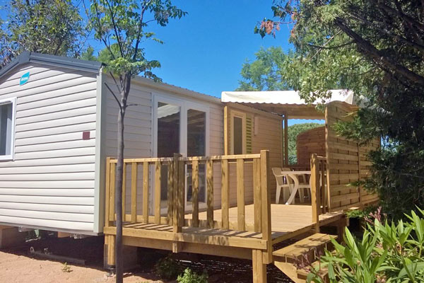 Spacious mobile home for your holiday in the Verdon