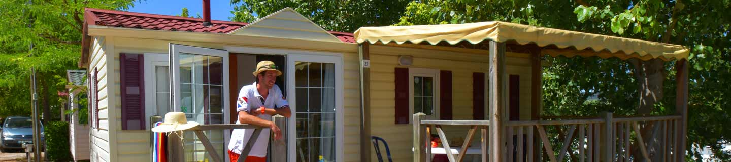 Comfortable chalets and mobile homes in Gréoux-les-Bains
