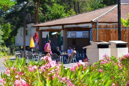 Life on the campsite of Gréoux-les-Bains